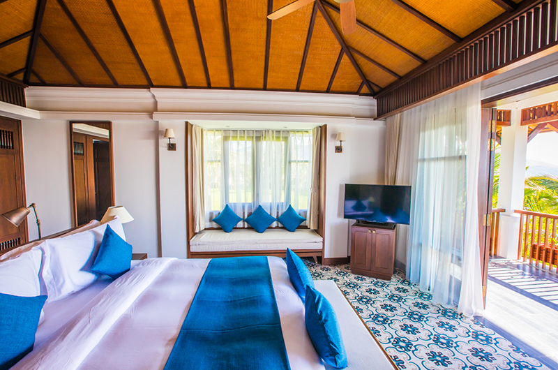 The Anam Bedroom with Seating | Cam Ranh, Vietnam