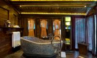 Permata Ayung Gladak House Bathtub | Ubud, Bali