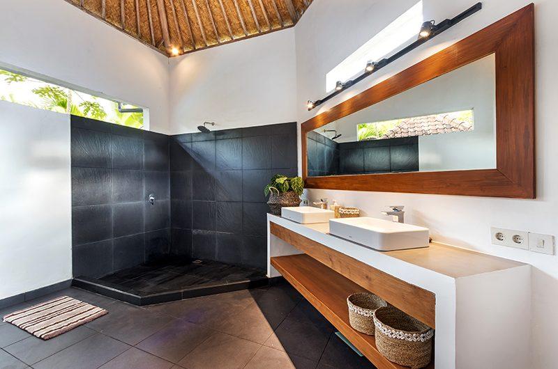 Villa Crystal Bathroom One | Seminyak, Bali