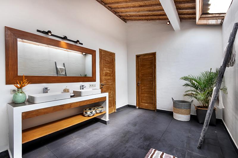 Villa Crystal Bathroom Four Area | Seminyak, Bali