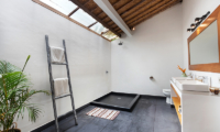 Villa Crystal Bathroom Four | Seminyak, Bali