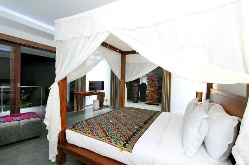 Villa Paloma Seminyak Bedroom with Balcony | Seminyak, Bali