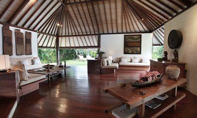 Villa Sin Sin Living Area | Kerobokan, Bali