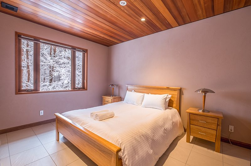 Powderhouse Bedroom with Views | Hakuba, Nagano