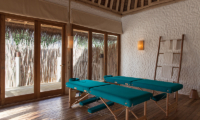 Soneva Fushi Villa 14 Massage Beds | Baa Atoll, Maldives