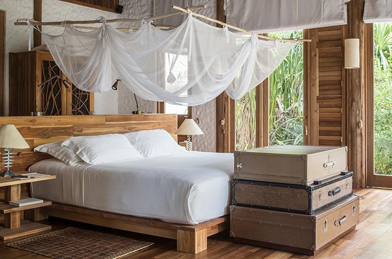Soneva Fushi Villa 41 Bedroom with Lamps   Baa Atoll, Maldives