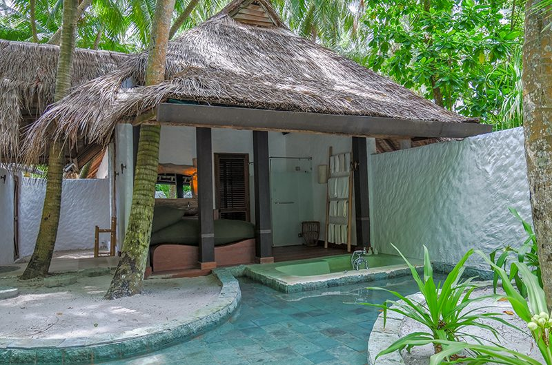 Soneva Fushi Villa 68 Outdoor Bathtub | Baa Atoll, Maldives