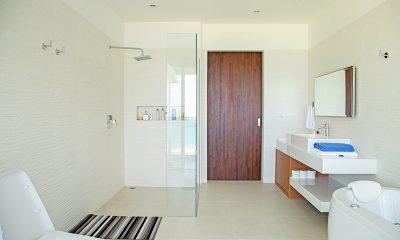 Villa Summer Estate Bathroom | Natai, Phang Nga