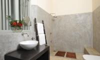 Kimbulagala Watte Villa Bathroom Area   Koggala, Sri Lanka