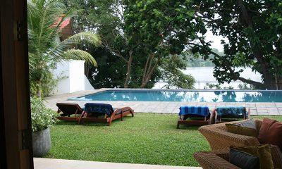 Lake View Villa Hikkaduwa Sun Beds | Hikkaduwa, Sri Lanka