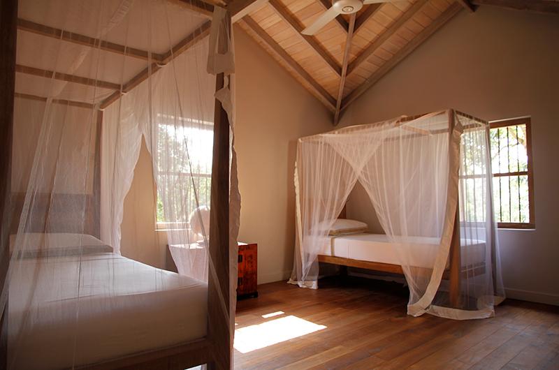 Siri Wedamadura Villa Twin Bedroom | Mirissa, Sri Lanka