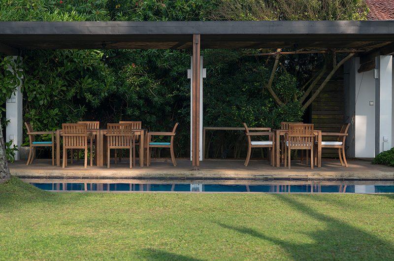 Villa Maggona Dining Table | Maggona, Sri Lanka
