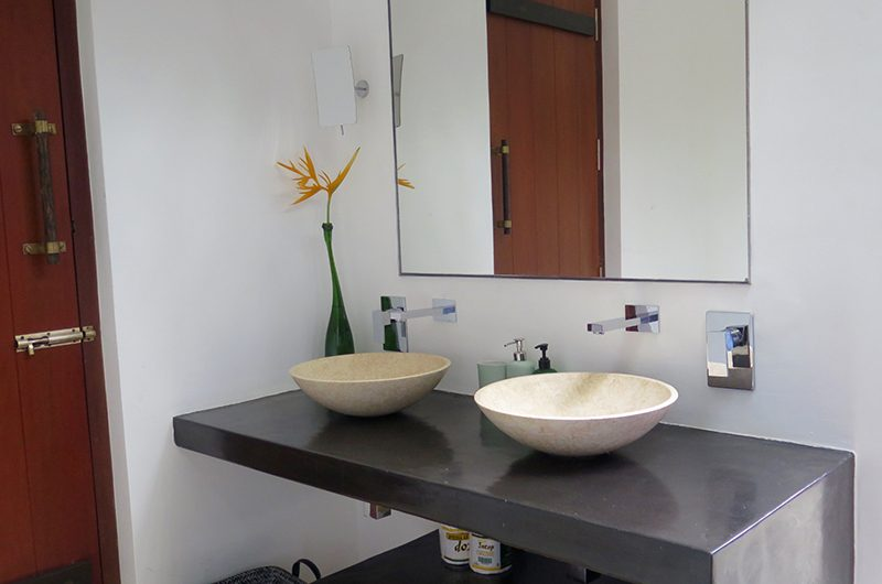 Villa Wambatu Bathroom Area | Galle, Sri Lanka