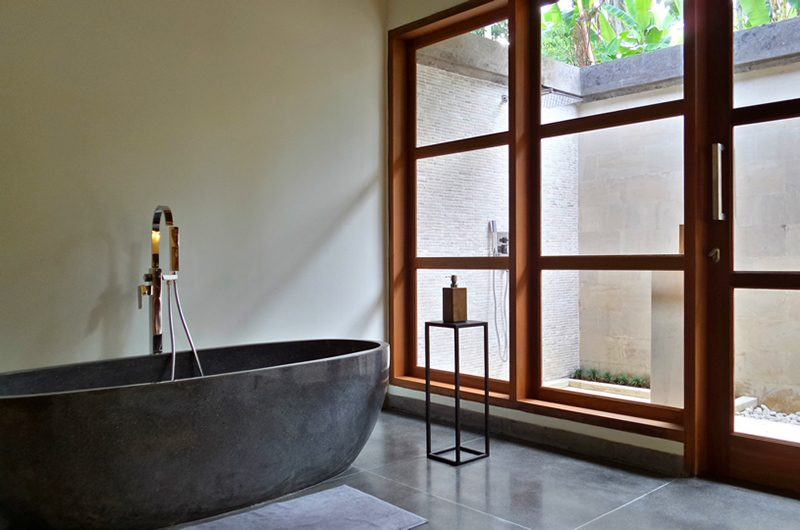 Villa Nature Bathtub   Ubud, Bali