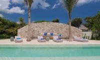 Villa Seascape Sun Beds | Nusa Lembongan, Bali