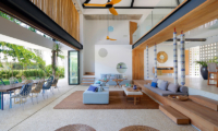 Villa Seascape Living and Dining Area | Nusa Lembongan, Bali