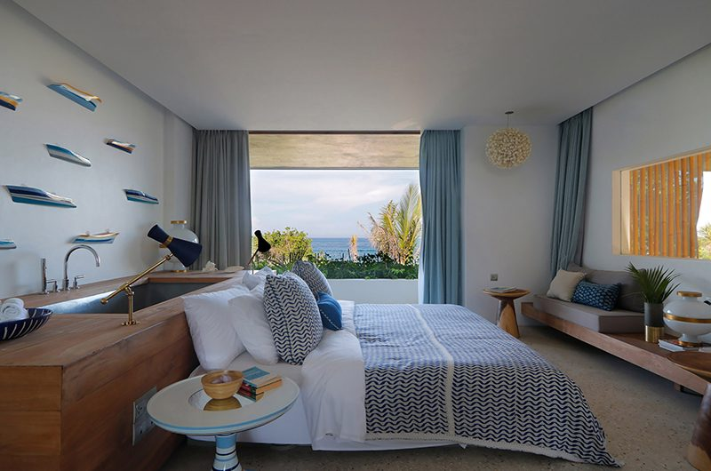 Villa Seascape Bedroom with Seating | Nusa Lembongan, Bali
