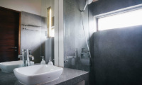Villa Ni Say Bathroom | Siem Reap, Cambodia