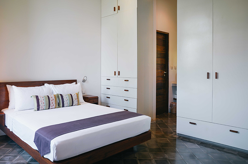 Villa Ni Say Bedroom with Lamps | Siem Reap, Cambodia