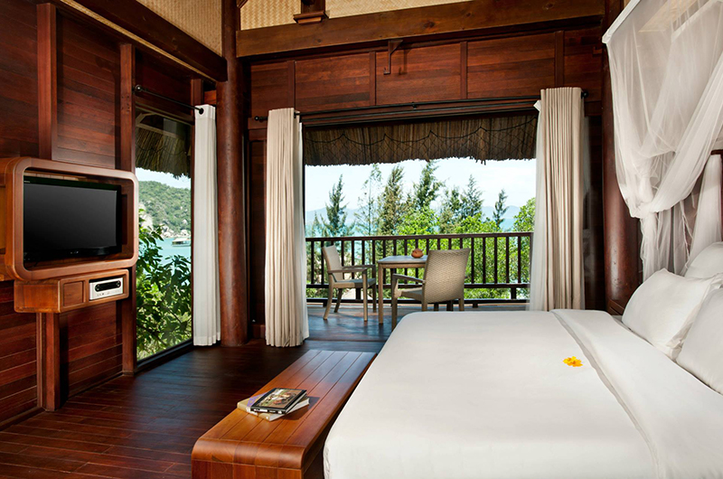 Lalyana Hill Rock Pool Villas Bedroom | Ninh Van Bay, Vietnam