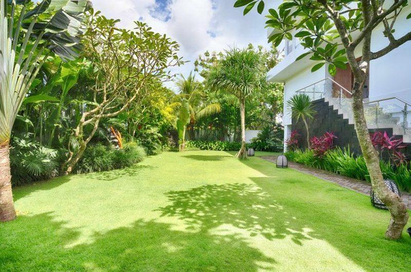 Villa Kalibali Garden Area | Uluwatu, Bali
