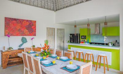 Villa Paraiba Dining Area | Petitenget, Bali