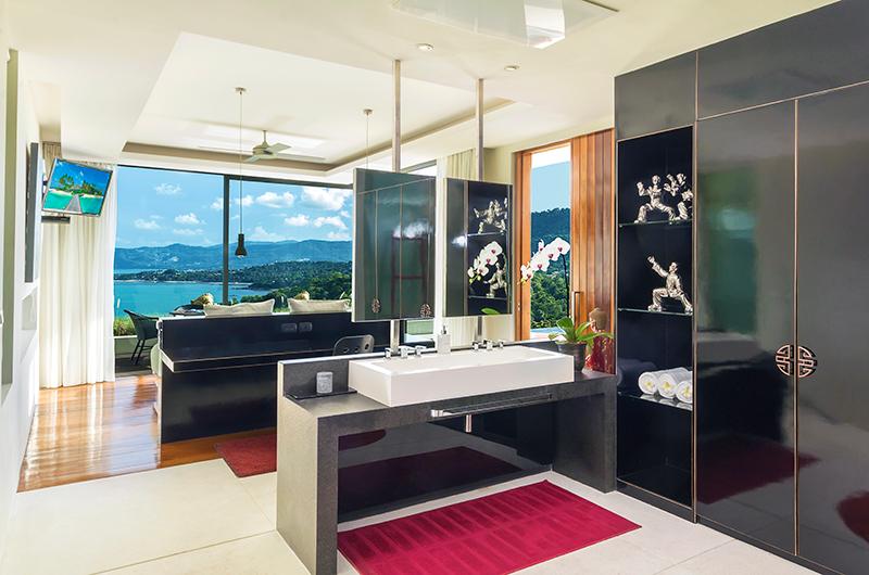 Villa Sangkachai Master Bedroom with Balcony | Choeng Mon, Koh Samui