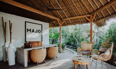 Majo Private Villas Seating   Gili Trawangan, Lombok