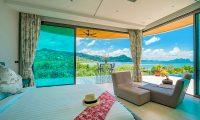 Villa Nautilus Bedroom with Seating | Ao Po, Phuket