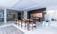Yamu Villa Bua Dining Table | Cape Yamu, Phuket