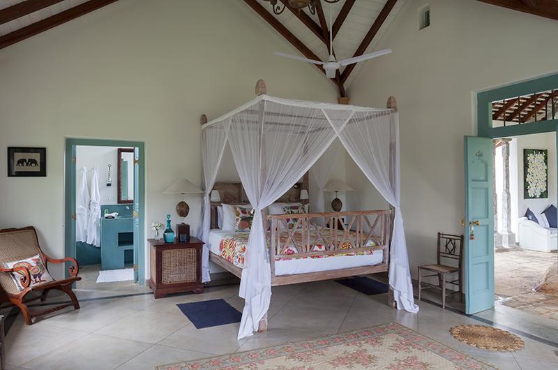 Sisindu Tea Estate Bedroom with Seating | Galle, Sri Lanka
