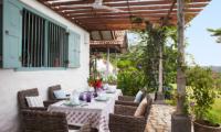 Sisindu Tea Estate Outdoor Dining Area | Galle, Sri Lanka