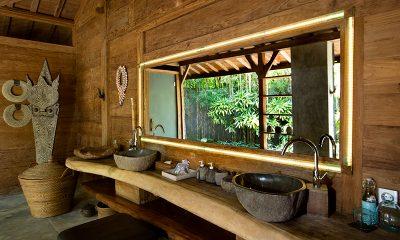 Villa Ka Bathroom | Umalas, Bali