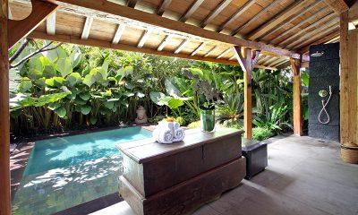 Villa Kalua Bathroom with Shower | Umalas, Bali