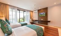 Villa Karang Saujana 2 Twin Bedroom with Study Table | Ungasan, Bali