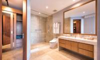 Villa Karang Saujana 2 Bathroom Area | Ungasan, Bali