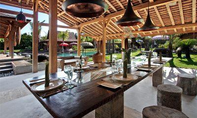 Villa Kayu Dining Table | Umalas, Bali