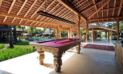 Villa Kayu Pool Table | Umalas, Bali