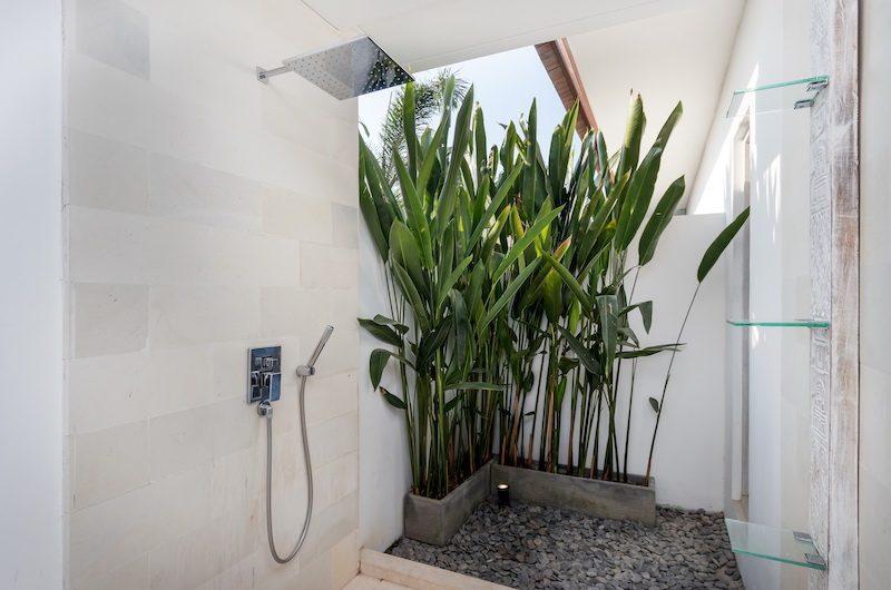 Villa Paraiba Shower Area | Seminyak, Bali