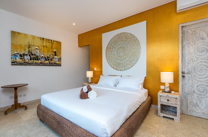 Villa Paraiba Bedroom One with Lamps | Seminyak, Bali