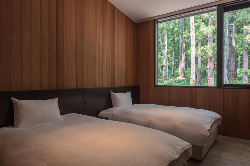 Villa El Cielo Twin Bedroom with Views | Hakuba, Nagano