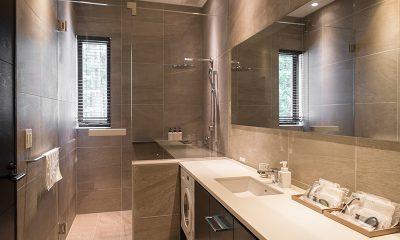 Villa El Cielo Bathroom with Shower   Hakuba, Nagano