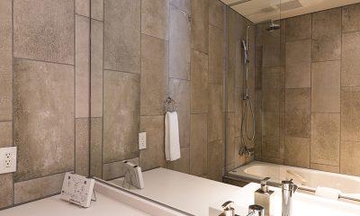 Aki Bathroom | Hirafu, Niseko