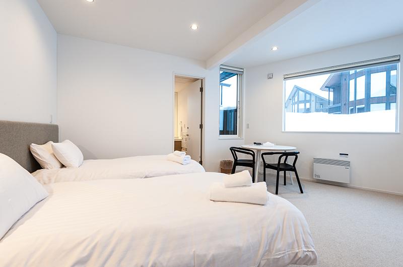 Icho Twin Bedroom Area | Hirafu, Niseko