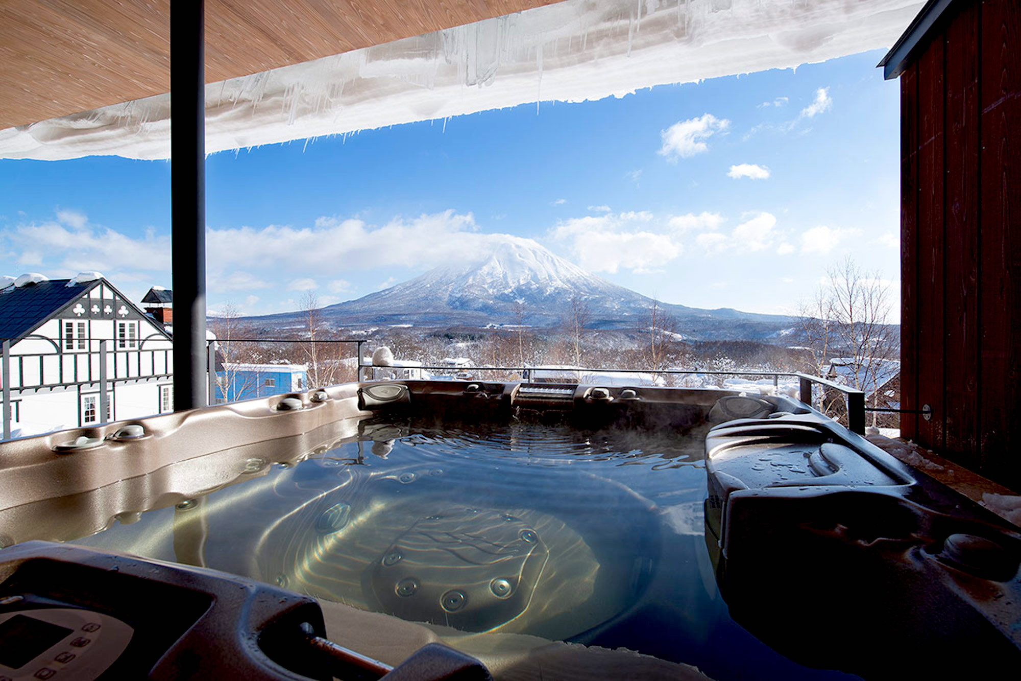 10 Most Extravagant Luxury Chalets in Niseko