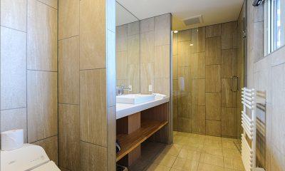 Sankei Bathroom Area   Hirafu, Niseko