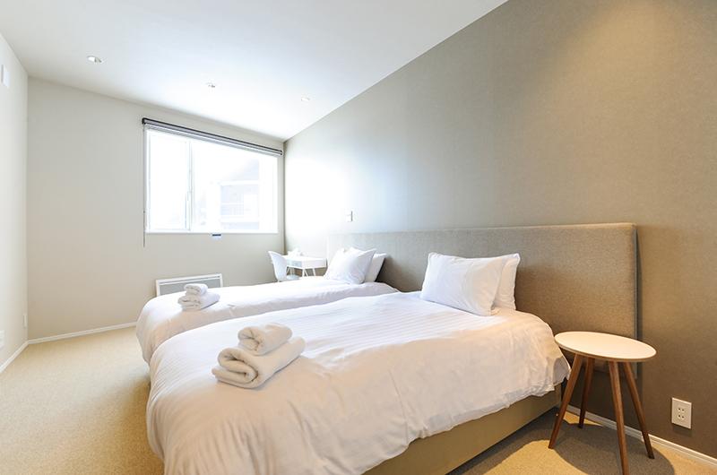 Sankei Twin Bedroom | Hirafu, Niseko