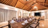 Karang Saujana Estate Villa Bale Agung Dining Area | Ungasan, Bali
