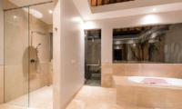 Karang Saujana Estate Villa Bale Agung Bathtub Area | Ungasan, Bali