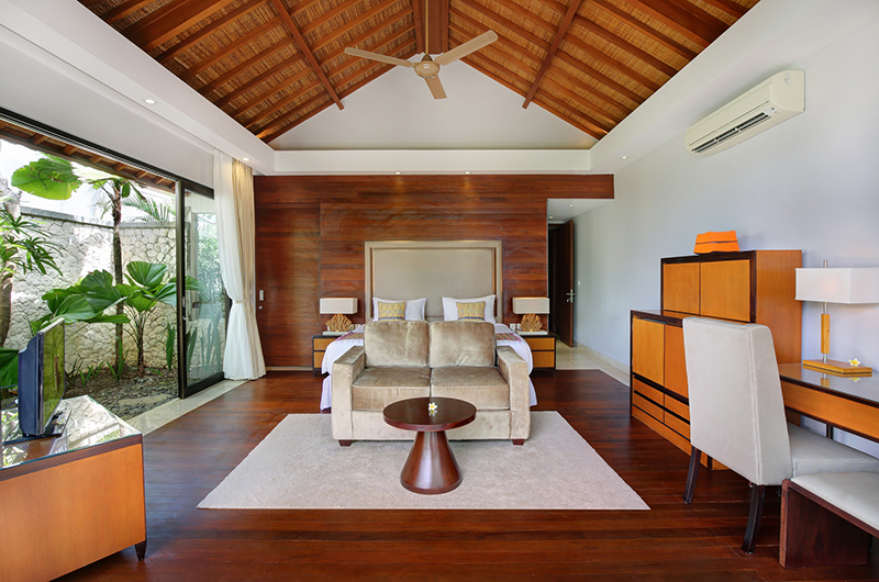 Karang Saujana Estate Villa Saujana Master Bedroom | Ungasan, Bali